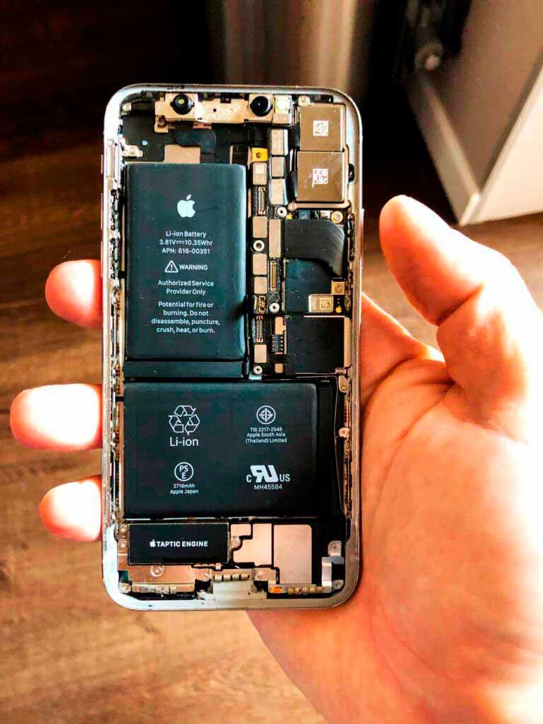 Внутренняя часть IPhone x