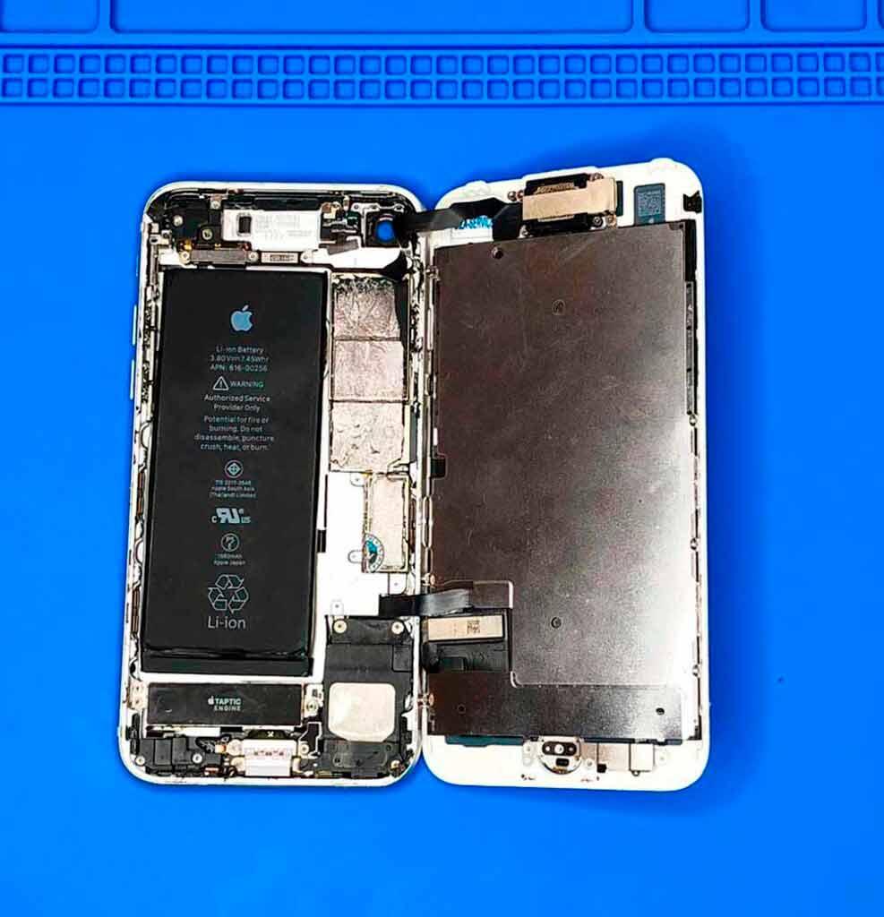 Обзор IPhone 7 изнутри