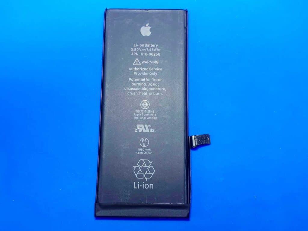 Батарея IPhone 7