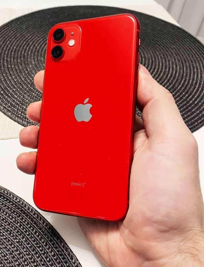 Замена заднего стекла IPhone 11 -2