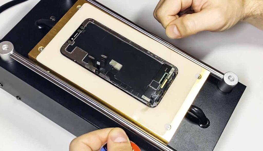 Срезаем стекло IPhone XS