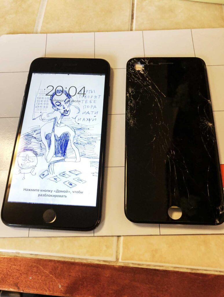 Ремонт дисплея IPhone 8