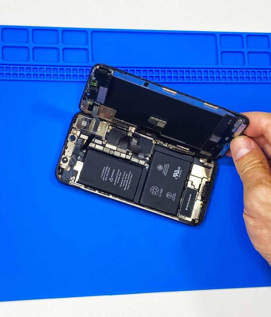 Вскрытие IPhone X