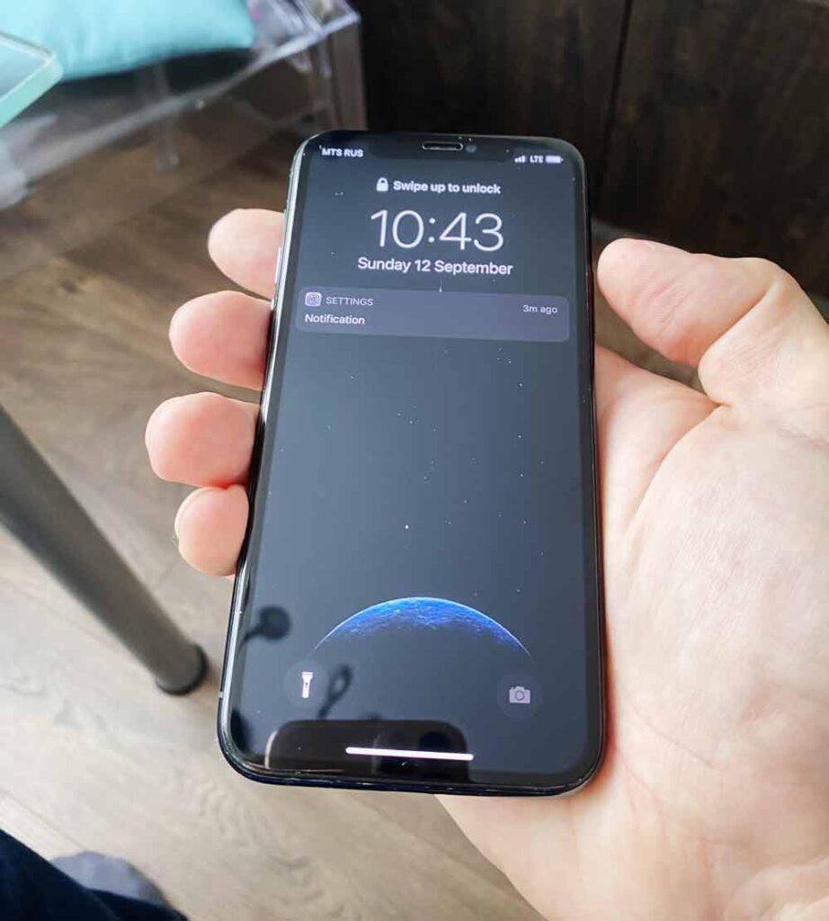 IPhone XR после ремонта