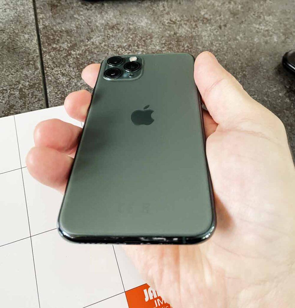 Заднее стекла IPhone 11 Pro