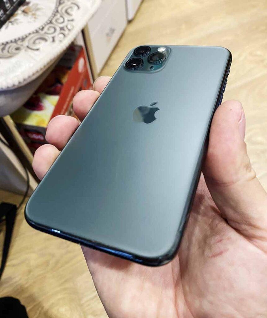 Заднее стекло iphone 11 Pro Max