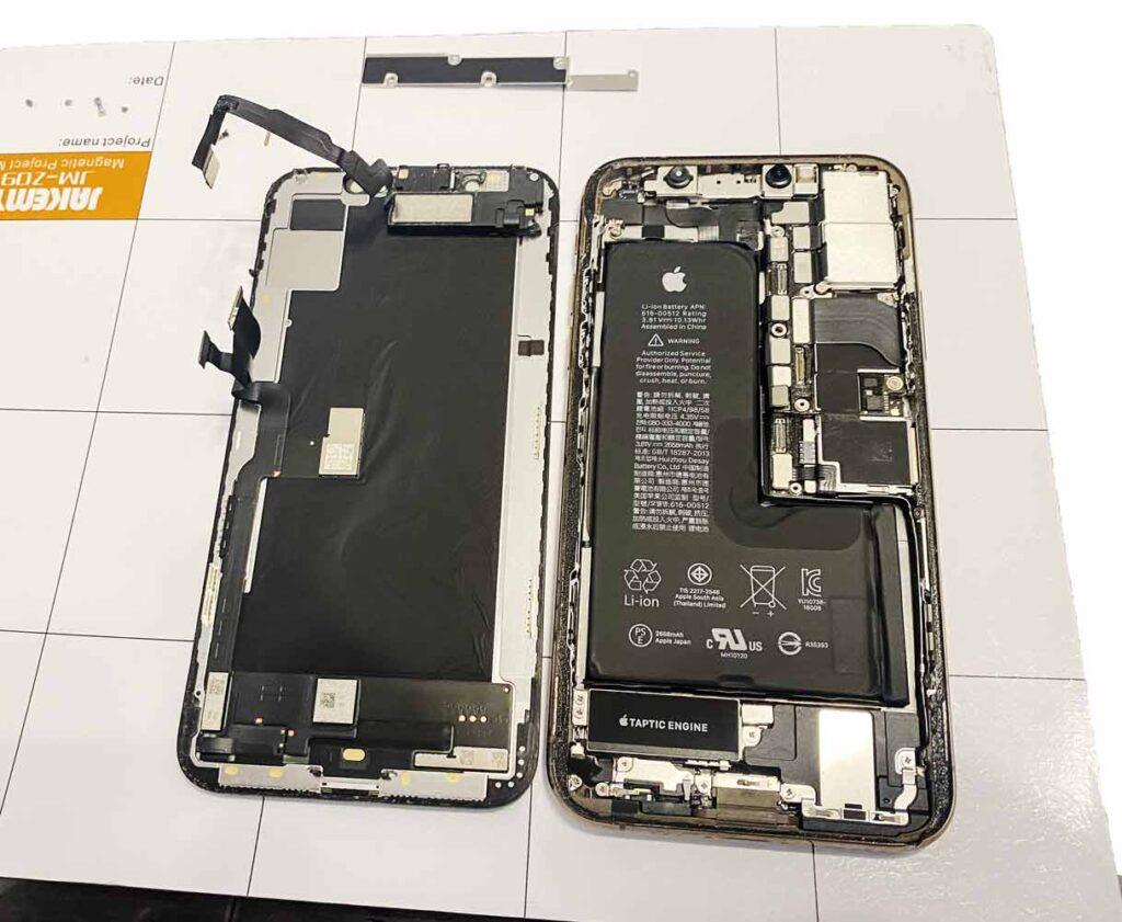 Разобран IPhone 11 Pro Max