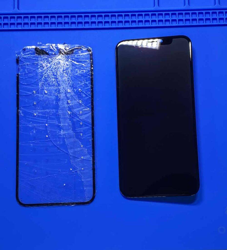 Замена стекла IPhone X в Москве